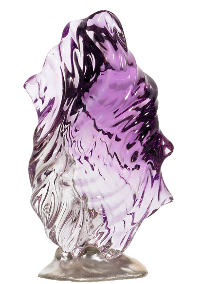 Fade to Purple Variegated purple amethyst set in a silver base. 90 x 52 x 30 mm 84.8 grams/424 cts.
