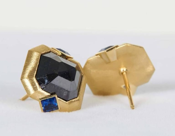 Blue Sapphire Black Diamond Gold Earrings Side | Midnight Blue Earrings