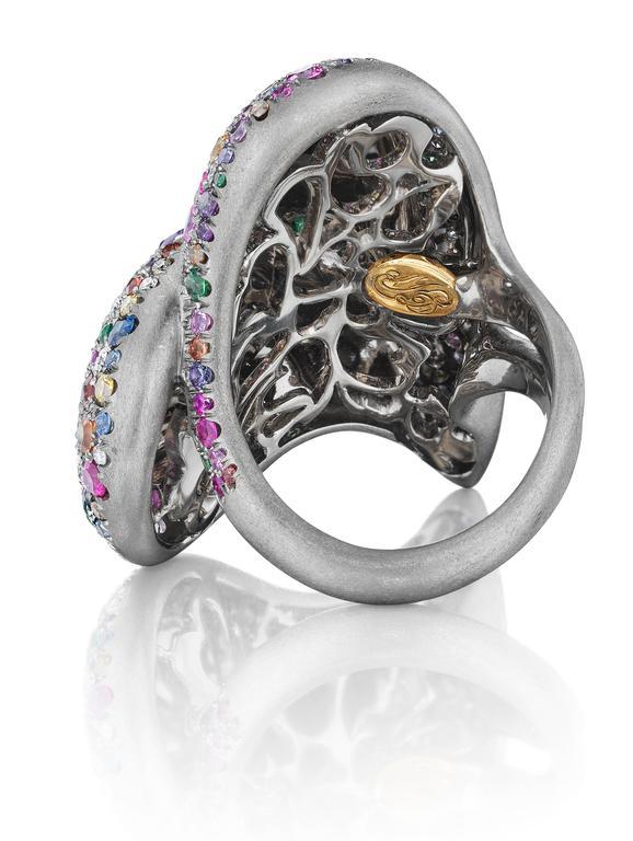 Confetti Heart Ring 4 Crop l | Confetti Heart Ring