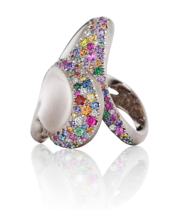 Confetti Heart Ring 5 Crop l | Confetti Heart Ring