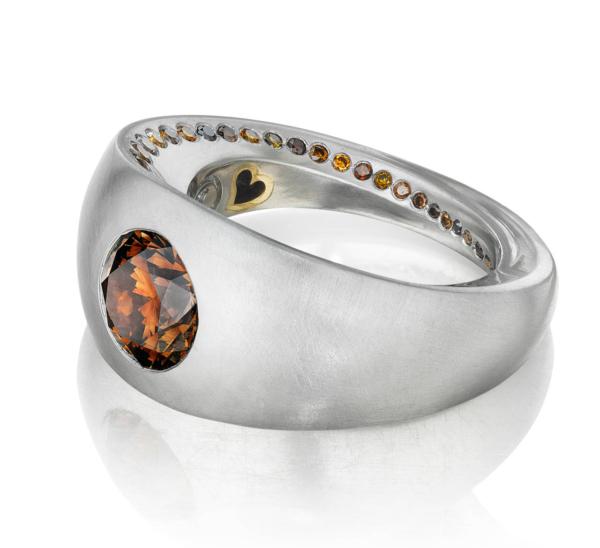 Diamond Platium Ring Front   Lovers' Rings