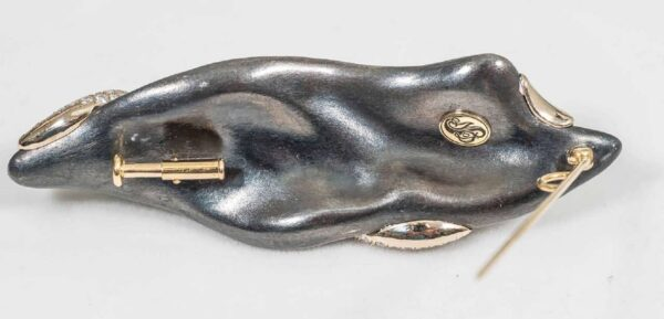 Hand Carved Nephrite Jade Diamond Gold Brooch Back | Leafy Garden Winter Brooch