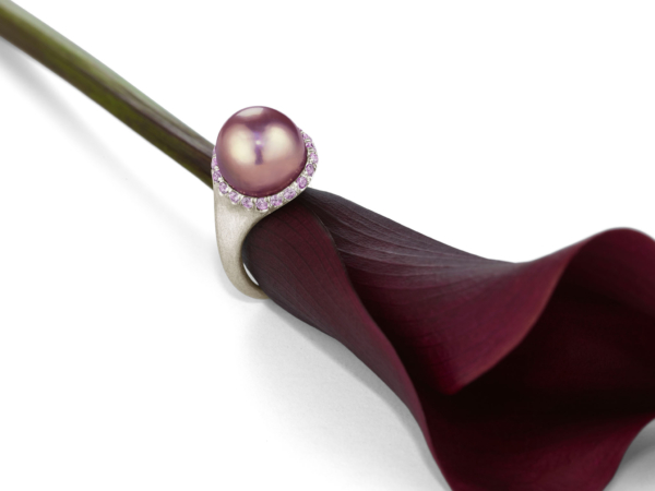 Plum Calla Lily Pearl Ring with Flower