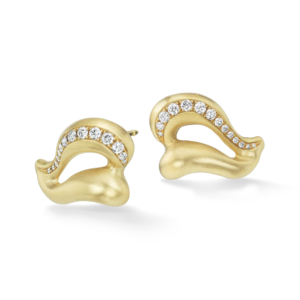 Gold Wing Earrings Diamond-18kgold-Diamonds-NS_er2-3_4_view-reshoot
