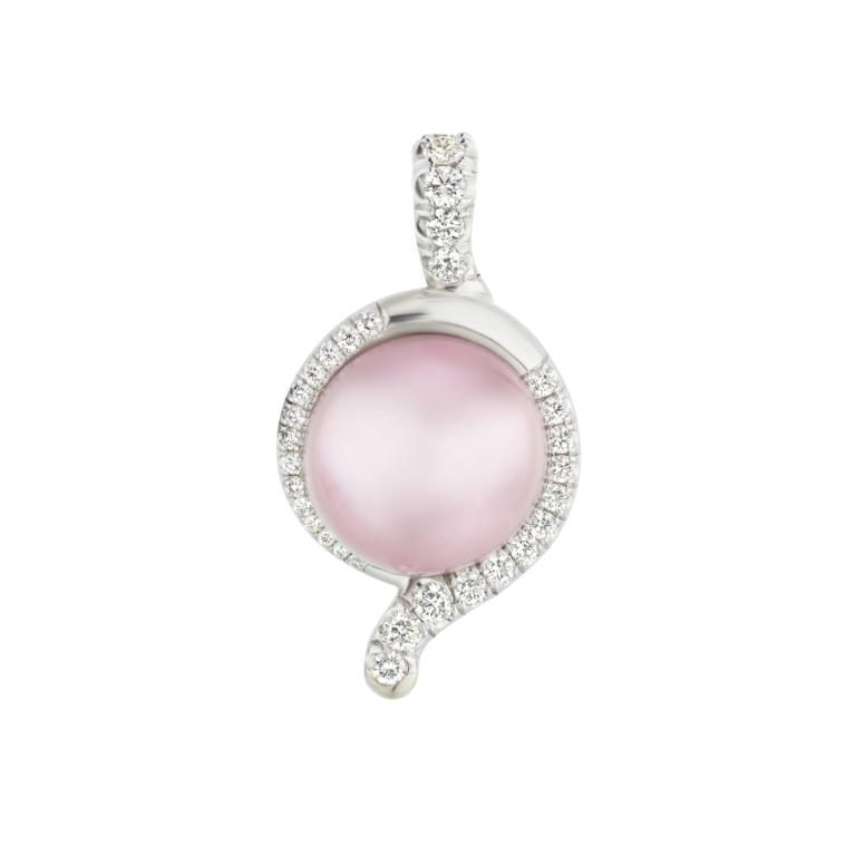 La Femme Pearl Pendant Naomi Sarna Pearl Diamonds 18K Gold